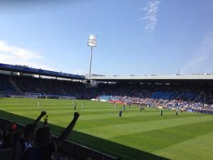Die Leistung des VfL passte zum blau-weißen Sommerhimmel.