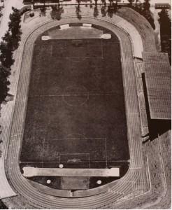 Luftaufnahme des Stadions an der Castroper Straße aus dem Jahre 1961.